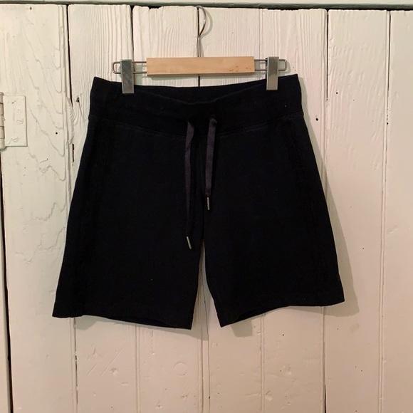 🍋 Lululemon shorts